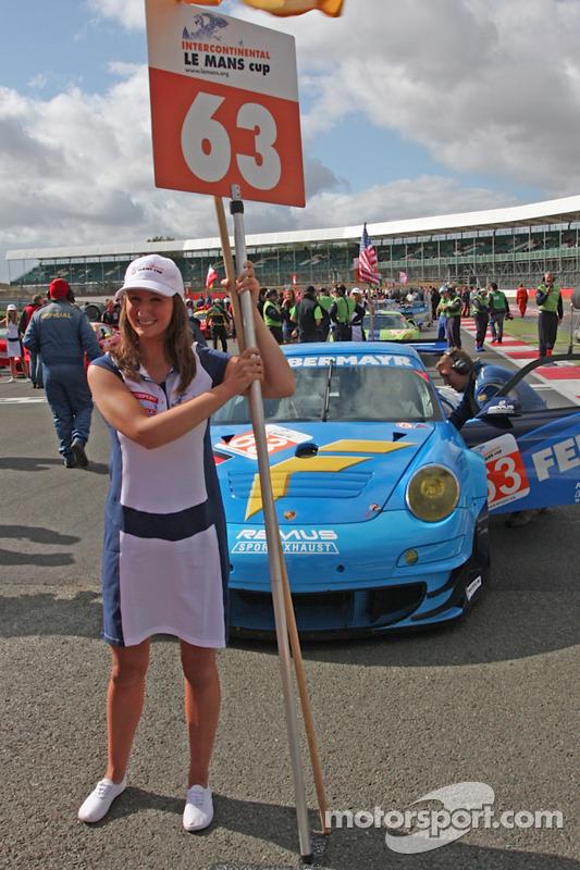 63-Proton-Competition-Porsche-911-RSR-Gianluca-Roda-Patrick-Long