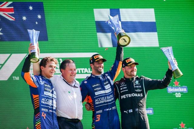 F1 GP d'Italie 2021 : vainqueur Daniel Ricciardo (McLaren) Norris-Ricciardo-Bottas