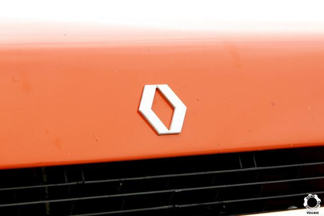 https://i.ibb.co/tqtT9DZ/Renault-5-L-Logo-interdit-Autobrocante-Festival-de-Loh-ac-2018-1.jpg
