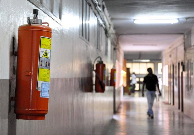 Kepentingan Alat Pemadam Api Dipasang Pada Bangunan