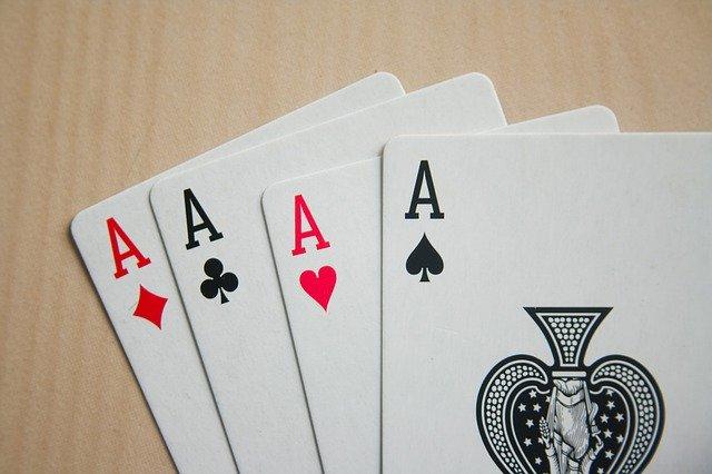 https://i.ibb.co/tsLbjP9/card-game-to-play-online.jpg