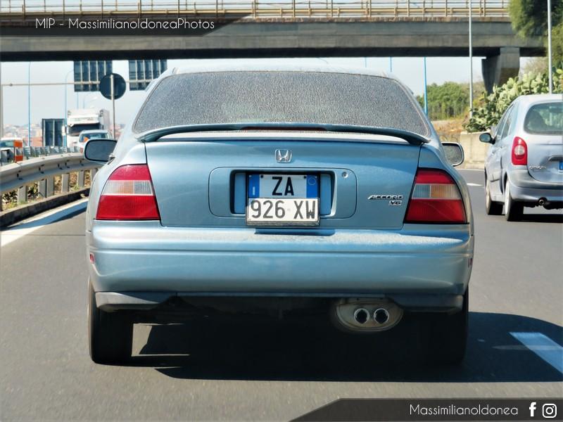 avvistamenti auto storiche - Pagina 14 Honda-Accord-V6-ZA926-XW-1