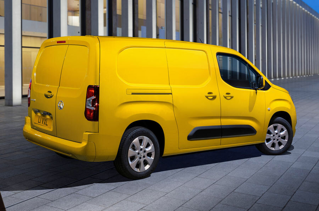 2018 - [Peugeot/Citroën/Opel] Rifter/Berlingo/Combo [K9] - Page 9 97-E739-E1-57-FB-41-C3-9-BBF-C9784464600-E