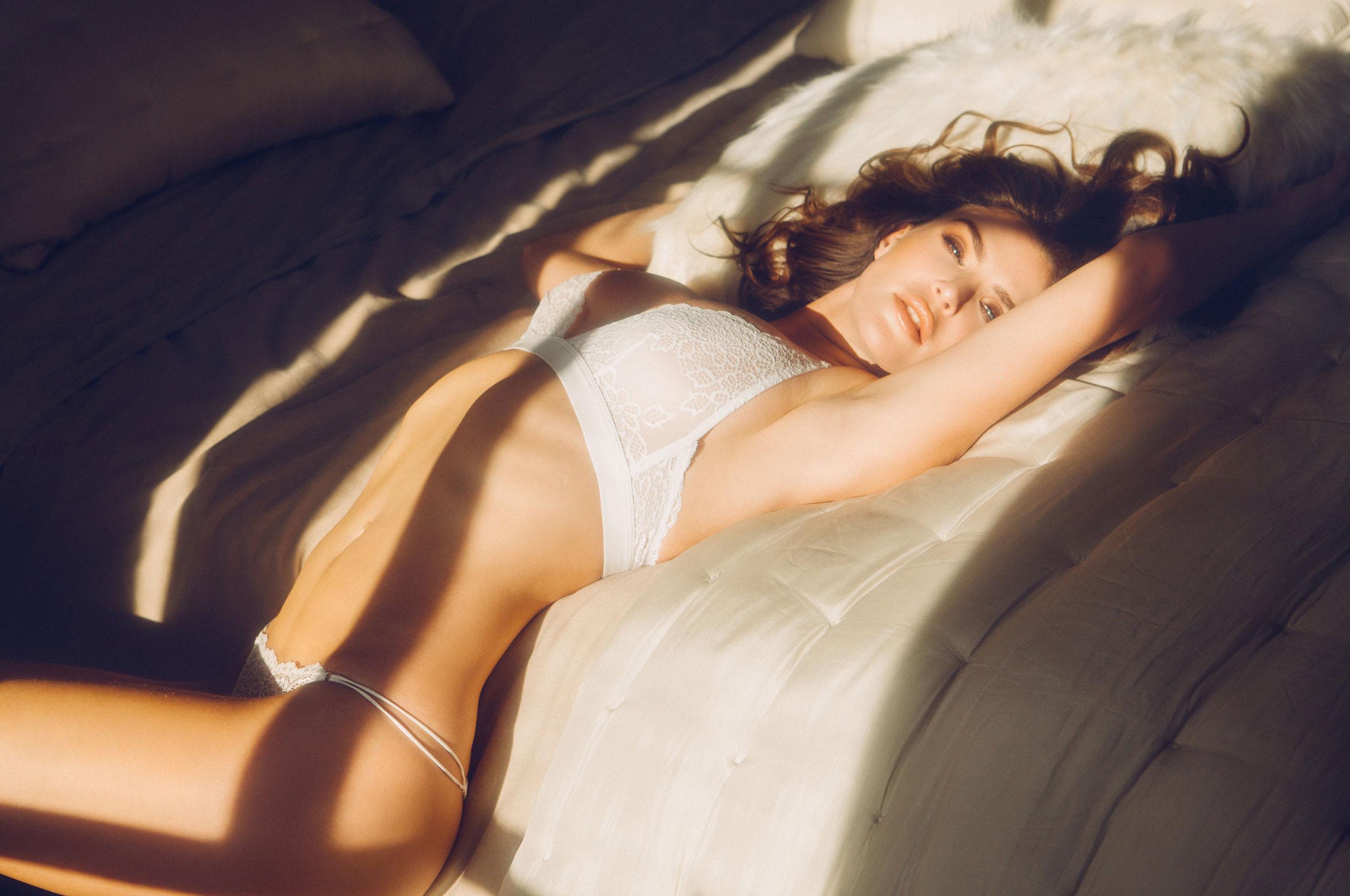 Юлия Лескова в люксовом французском нижнем белье / фото 12