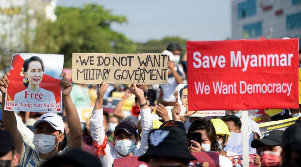 Policija u Mijanmaru ubila najmanje 33 demonstranta