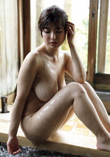 Hanai-Miri-10050011