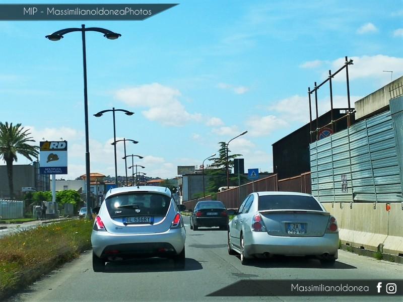 Avvistamenti auto rare non ancora d'epoca - Pagina 23 Nissan-Altima-SE-3-5-ZA205-VP-1