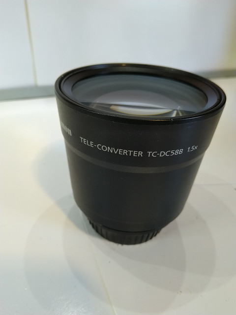 Canon-Tele-converter-TC-DC588-1-5x