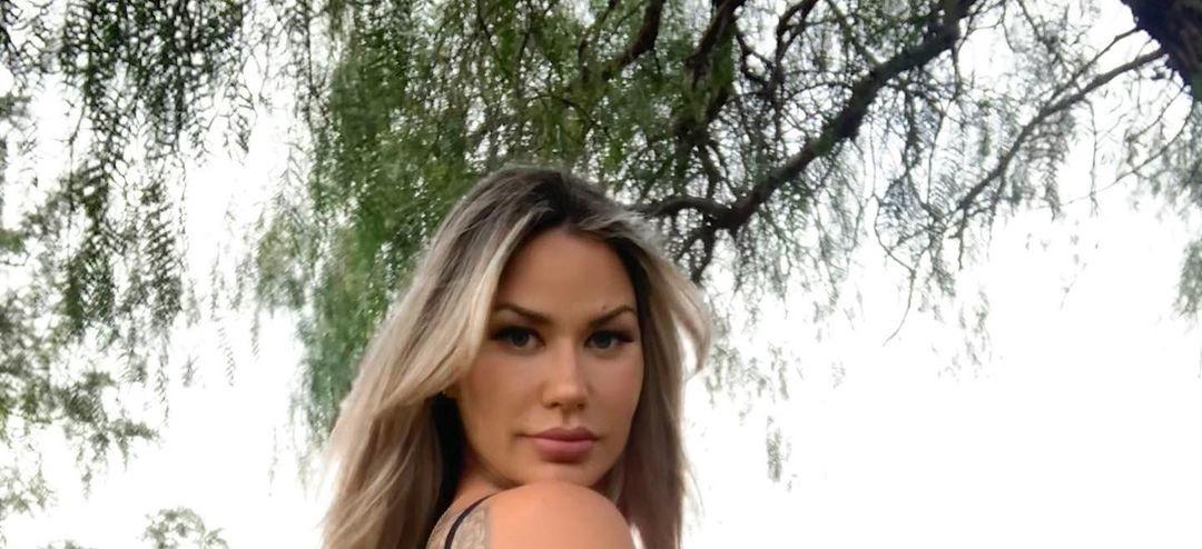 Tania-Barbara-Wallpapers-Insta-Fit-Bio-5