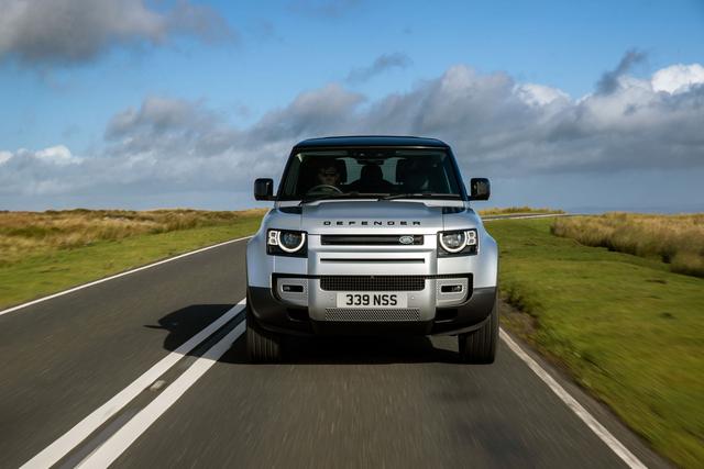 2018 - [Land Rover] Defender [L663] - Page 17 FE02-AE3-B-187-E-4-B4-D-8225-C8-A1-F8-F4524-D