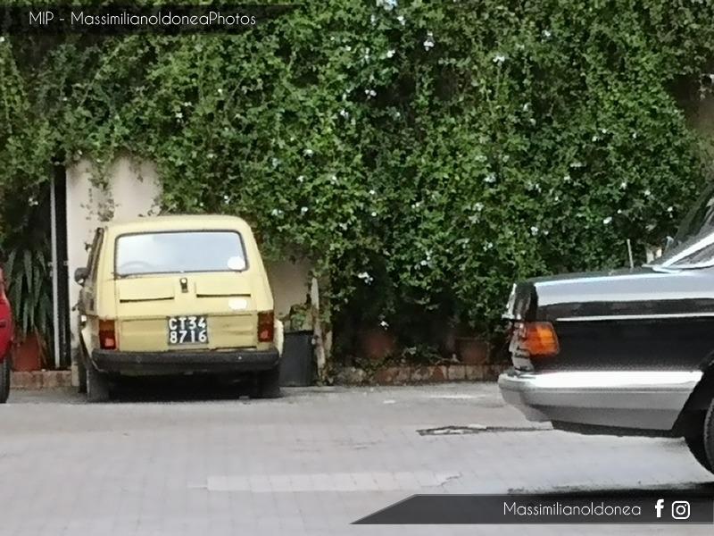avvistamenti auto storiche Fiat-126-600-22cv-74-e-Mercedes-W126-1