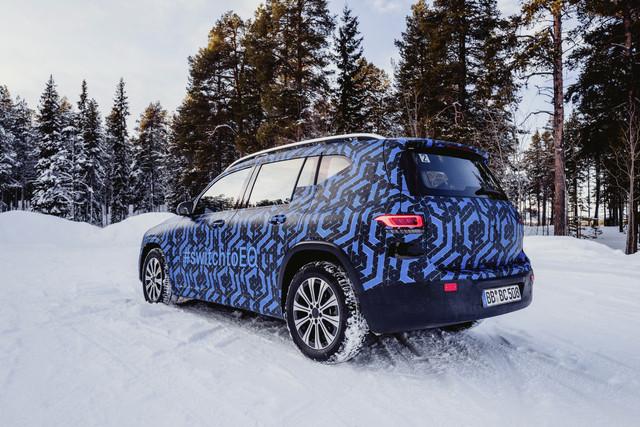 2021 - [Mercedes-Benz] EQB Der-EQB-bei-der-Wintererprobung-Die-Produktion-startet-Ende-2021-im-Mercedes-Benz-Werk-Kecskemt-in-U
