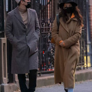 NEW-YORK-CITY-NY-NOVEMBER-3-Katie-Holmes-and-Emilio-Vitolo-Jr-seen-out-for-a-walk-on-November-3-2020