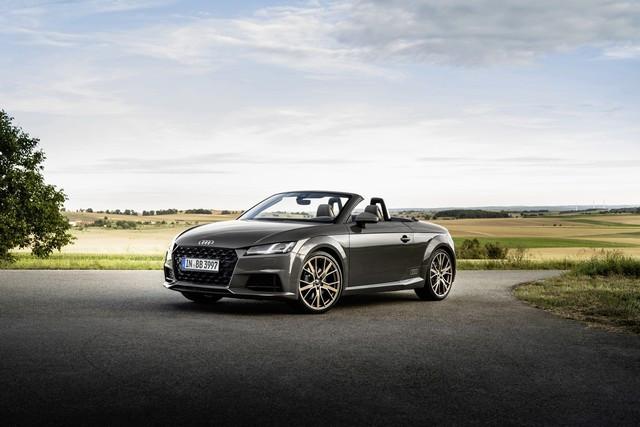 Accent sportif : l'Audi TTS competition plus A208529-medium
