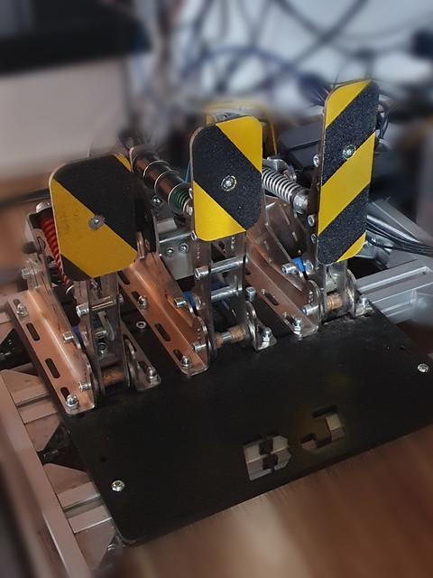 pedalke-small.jpg