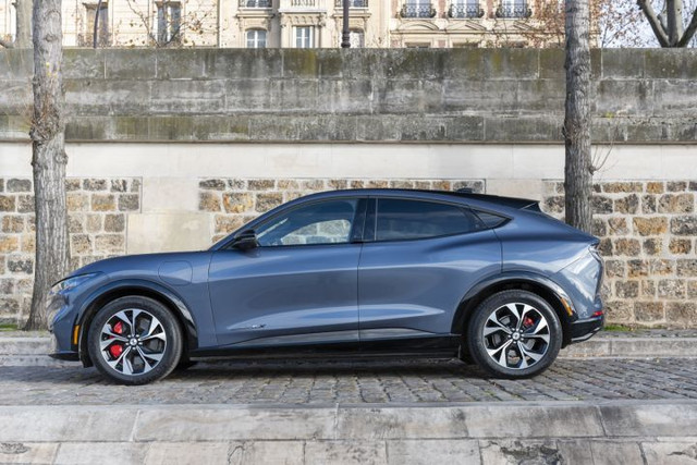 2020 - [Ford] Mustang Mach-E - Page 9 EF46-EBA7-C853-41-E2-8-FE3-8-D98531-F9-AE3