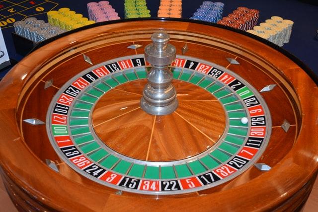 https://i.ibb.co/vHkk1Yq/casino-online.jpg