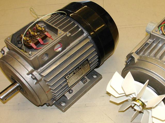 Асинхронный двигатель в мощных генераторах