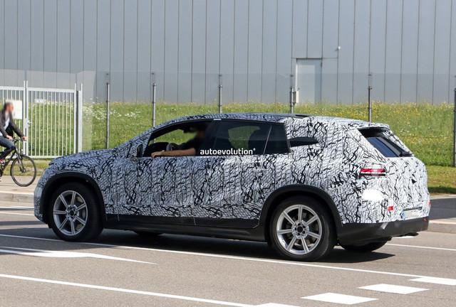 2022 - [Mercedes-Benz] EQS SUV - Page 3 FADCA71-D-033-A-4398-9-AAF-1-B77-F9406-C55