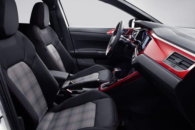 2021 - [Volkswagen] Polo VI Restylée  - Page 8 003-C90-DC-ED9-D-487-E-A2-D9-FD87-A0-AC2-E4-B