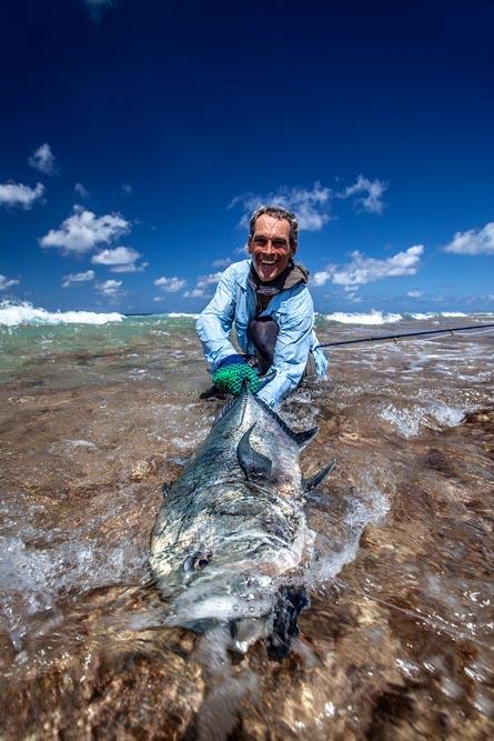 kanton-atoll-gt-giant-trevally-fly-fishing-kiribati-46