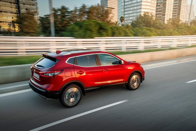 Nissan Qashqai : Nouvelle Gamme 2021 Nissan-QASHQAI-Tekna-2021-source