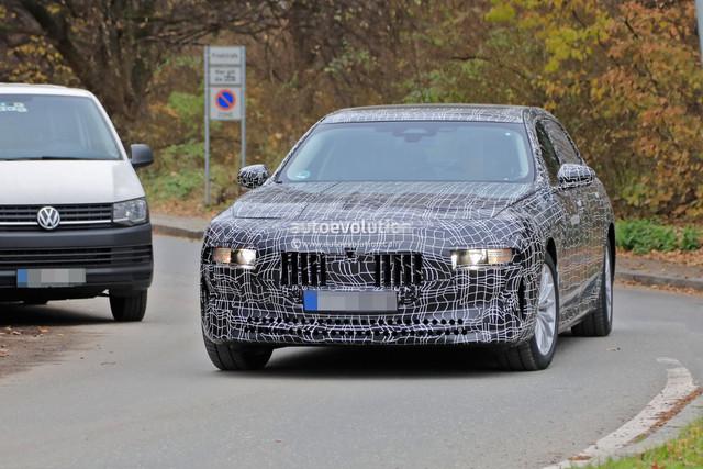 2022 - [BMW] série 7  - Page 5 194-A6316-046-A-4-F72-A5-BD-3-EF19-B57-C0-D3