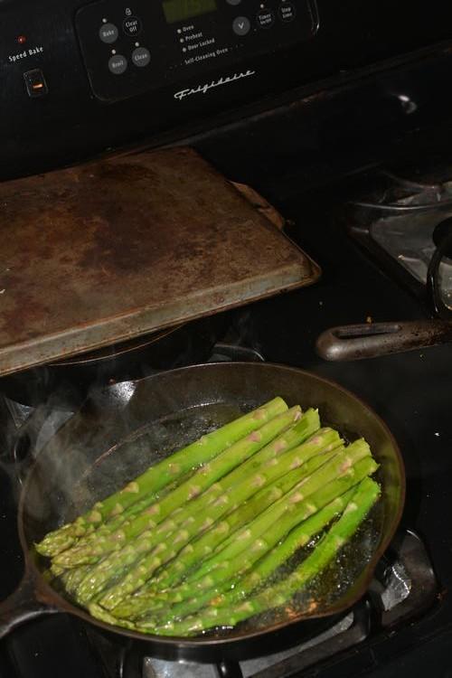 [Image: asparagus.jpg]
