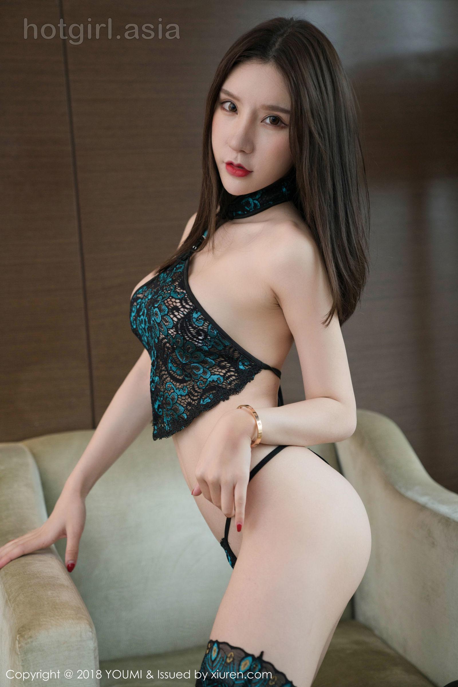 [HuaYang 花 洋] Vol.079 Goddess @ 周 于 希 hollowed out underwear photo
