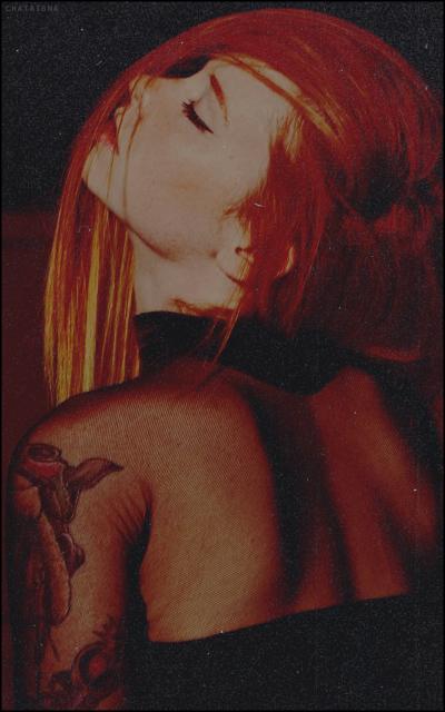 unusual world • chataigna Redhead