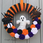 A variety of Halloween wreaths.png
