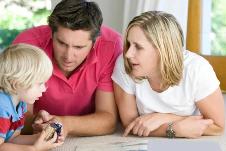 Iz-za-chego-pojavljajutsja-konflikty-roditelej-i-detej
