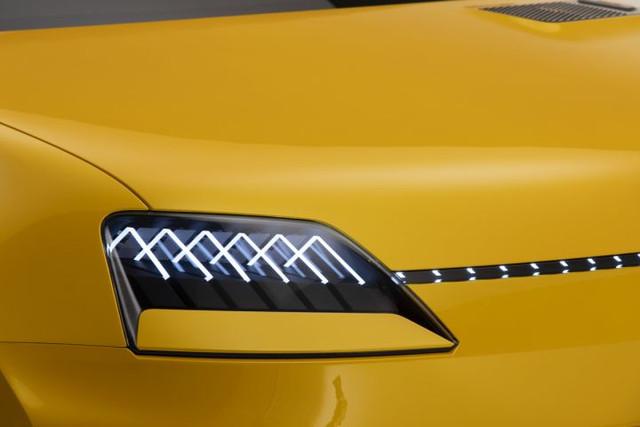 2021 - [Renault] 5 E-Tech - Page 7 8-F302-E86-20-A0-4-A91-A87-B-793-A73-C09-BCA