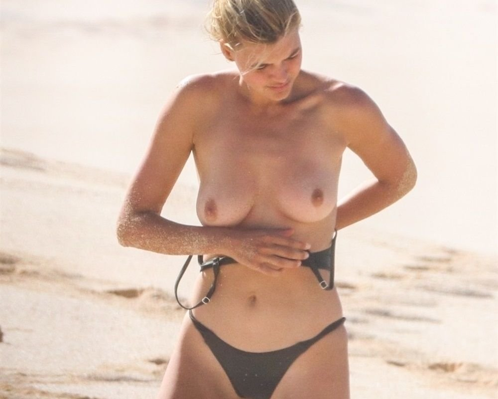 kelly-rohrbach-nude-The-Fappening-Blog-com-8