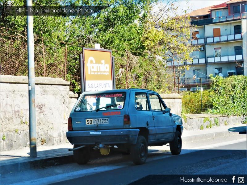 avvistamenti auto storiche - Pagina 11 Fiat-Panda-4x4-1-0-48cv-83-SO171733