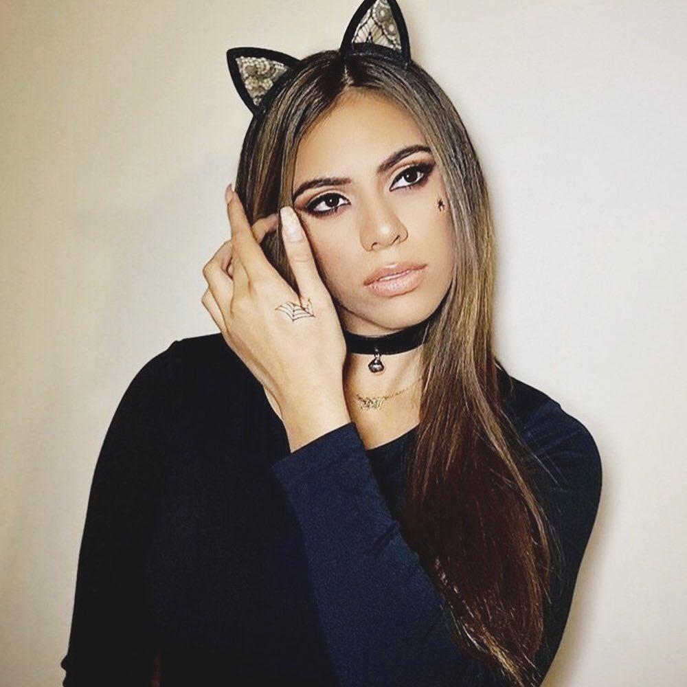 Dinah-Jane-4