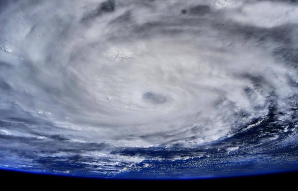 Uragano Hanna fotografato dalla Stazione Spaziale Internazionale.