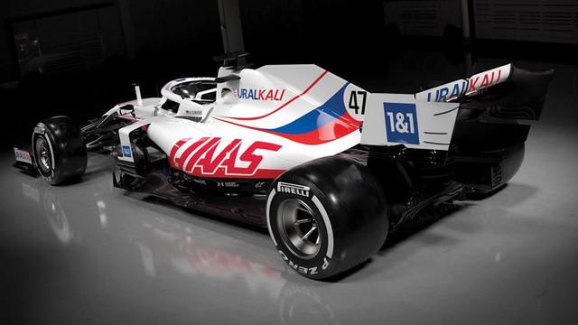 [Sport] Tout sur la Formule 1 - Page 27 3-FD445-A8-C93-B-421-F-ABC1-E6-A0-AEBEDBDD