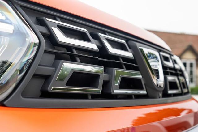 2021 - [Dacia] Duster restylé - Page 4 A6-C0-E390-7-E07-46-C9-A1-D6-608551-EFEBC7