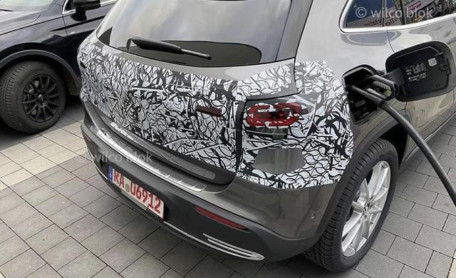 2020 - [Mercedes-Benz] EQ A - Page 3 449-EC756-935-C-4-AA7-8642-D8-ABE767-FE86
