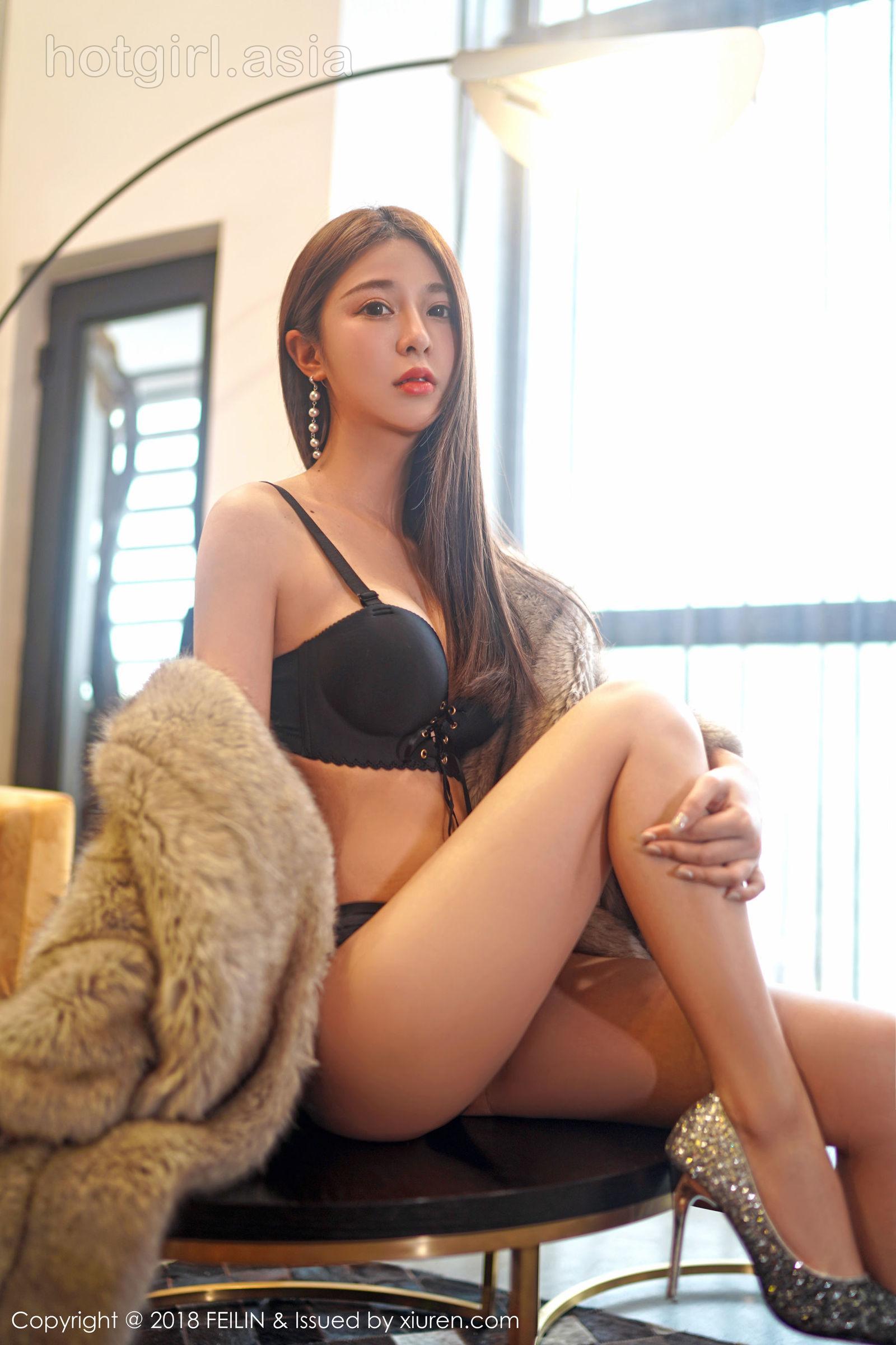 [FEILIN嗲囡囡] VOL.165 Sweet girl @luna张静燕 latest photo