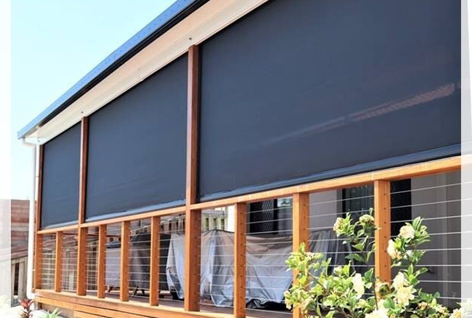 Why Outdoor Blinds Are Preferable For Commercial Buildings