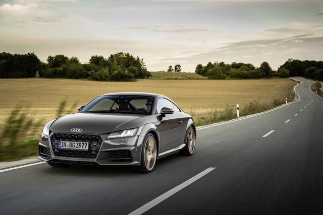Accent sportif : l'Audi TTS competition plus A208507-medium