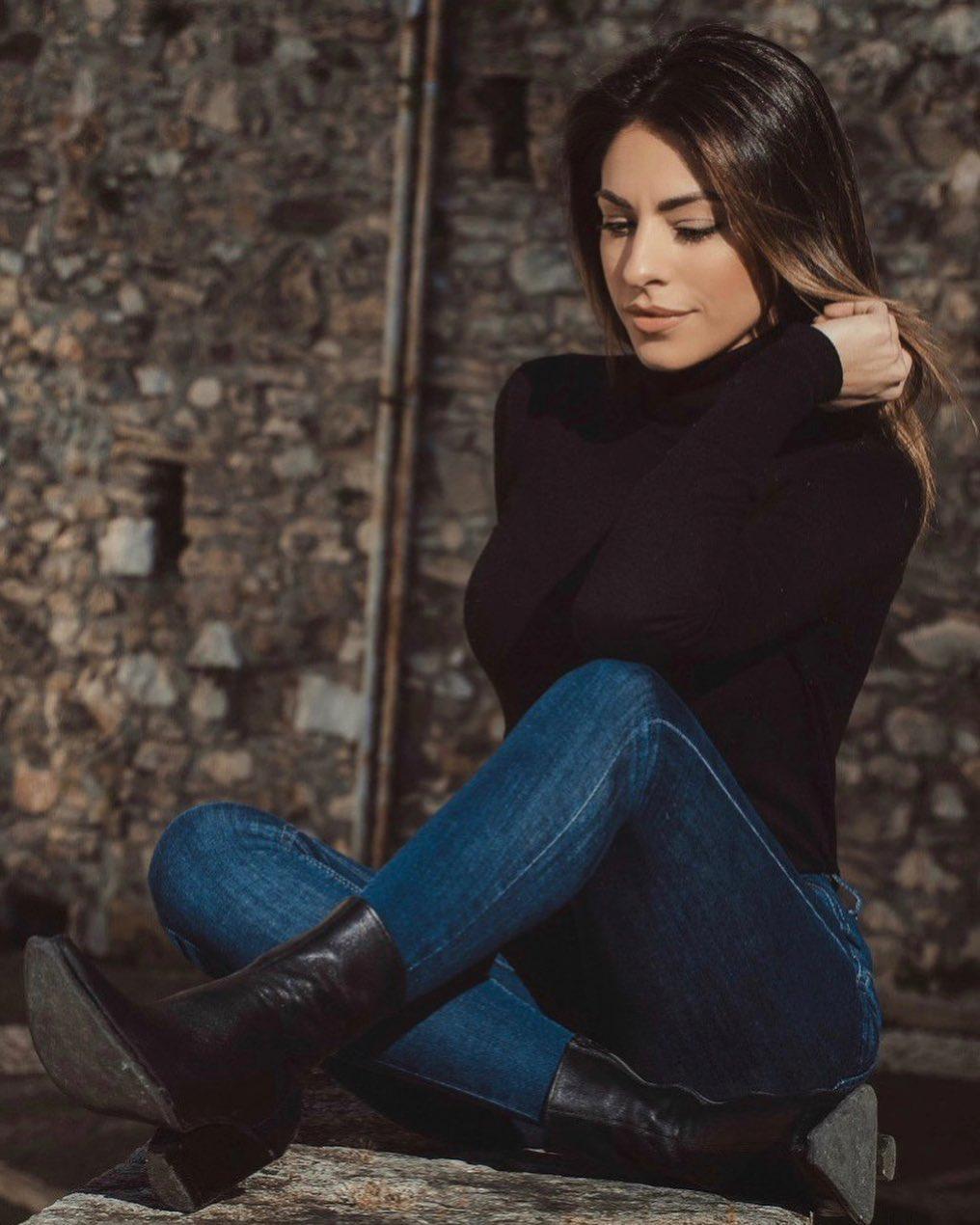 Elena-Cianni-Wallpapers-Insta-Fit-Bio-8