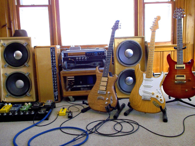 The Rigs Thread - All Apply Guitar, Bass, Key's, Drums, Vocal, PA  User