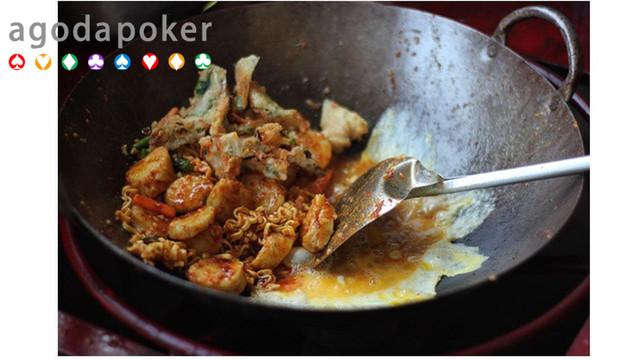 Kelezatan Lontong Goreng CikTong Kuliner Jogja  Selalu Bikin Kangen