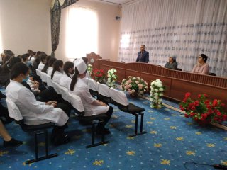 TTA Urganch filiali akademik litseyida erta nikohning oldini olishga qaratilgan tadbir tashkil etildi