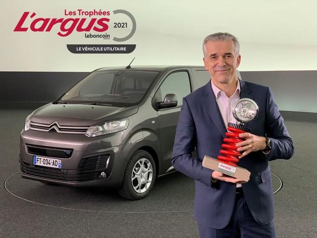 Citroën ë-Jumpy Reçoit Le Trophée « Utilitaire De L'année 2021 » Décerné Par L'argus Image1