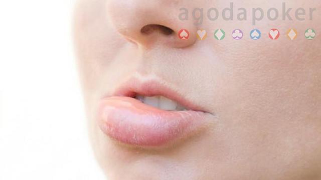 Tiba-tiba Bibir Bengkak saat Bangun Tidur, Ini Penyebab  Mengatasinya
