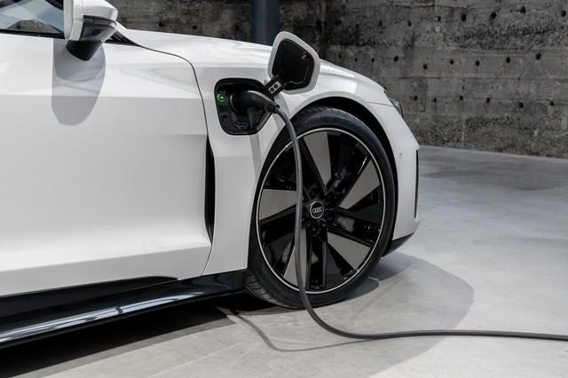 2021 - [Audi] E-Tron GT - Page 6 188013-A7-80-E4-4218-BD6-B-8-E32-EF33-EA24